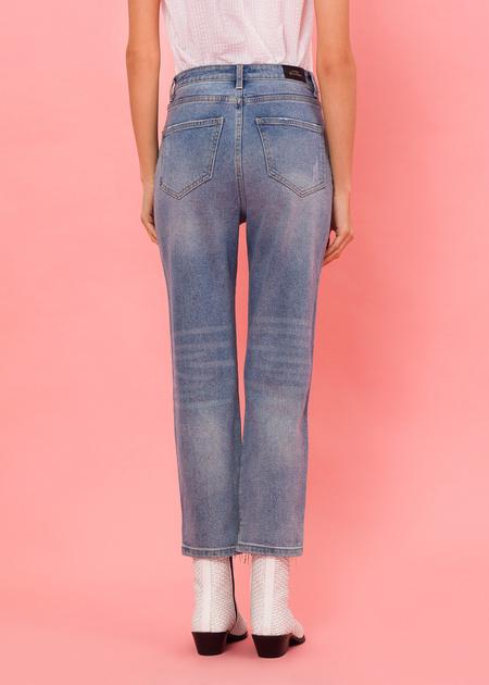 Укороченные брюки из плотного денима - фото 4
