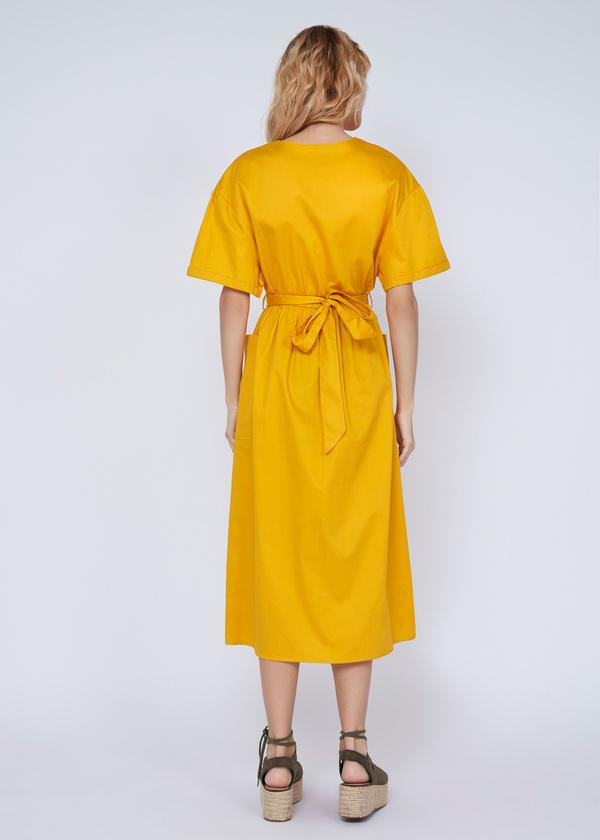 Платье-миди с накладными карманами - фото 6