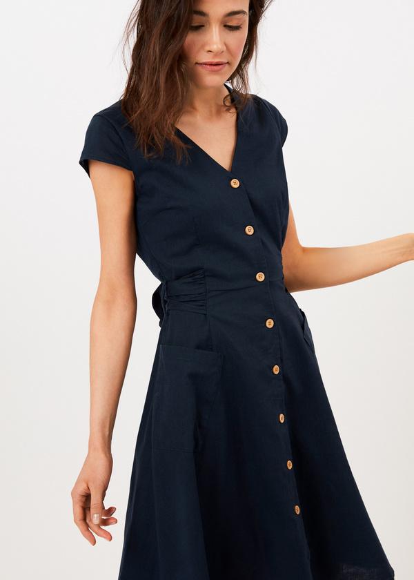 Приталенное платье с накладными карманами - фото 5