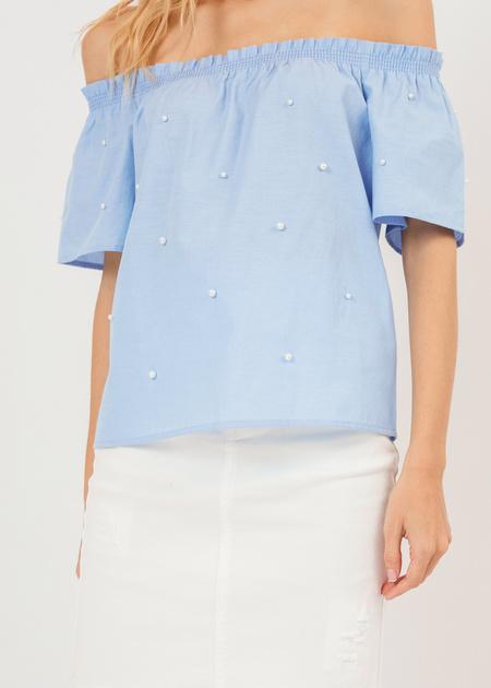 Блузка с открытыми плечами и бусинами - фото 5