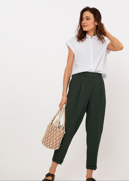 Укороченные брюки с поясом на резинке - фото 4