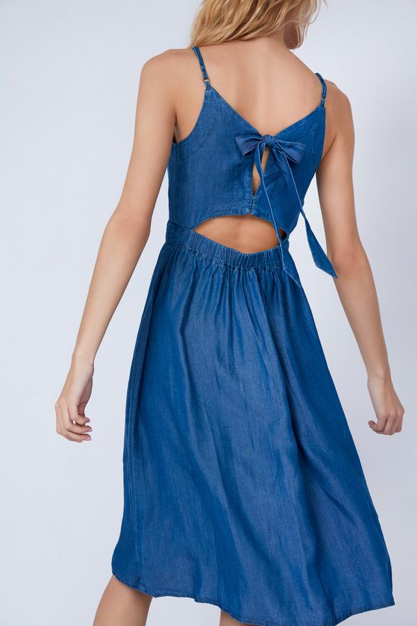 Платье-миди с вырезом на спине - фото 3