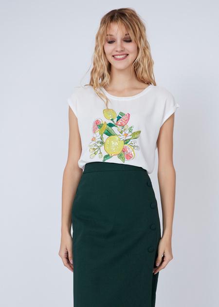 Лёгкая блуза с аппликацией - фото 2