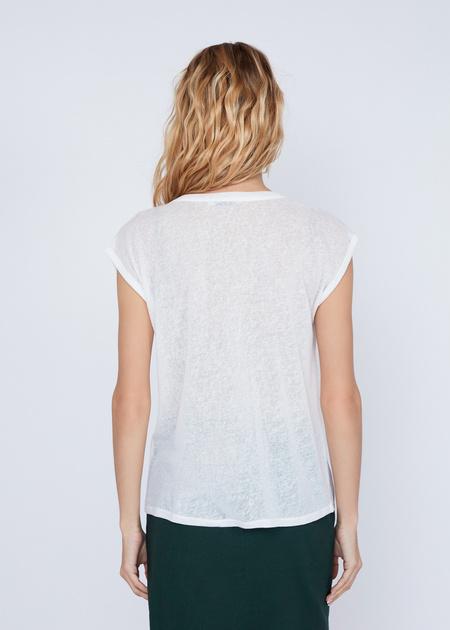 Лёгкая блуза с аппликацией - фото 4