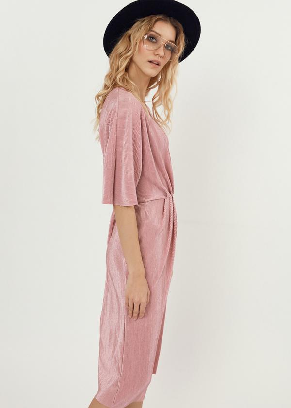 Плиссированное платье-миди на запахе - фото 3