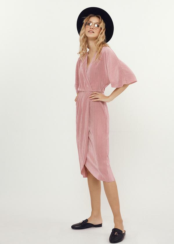 Плиссированное платье-миди на запахе - фото 4