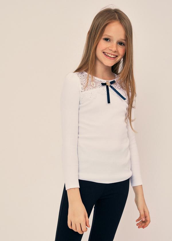 Блузка для девочек с ажурной вставкой - фото 1