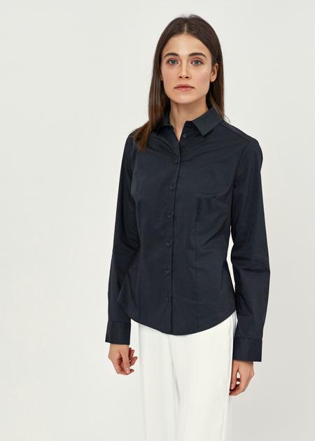 Приталенная блузка из хлопка - фото 1