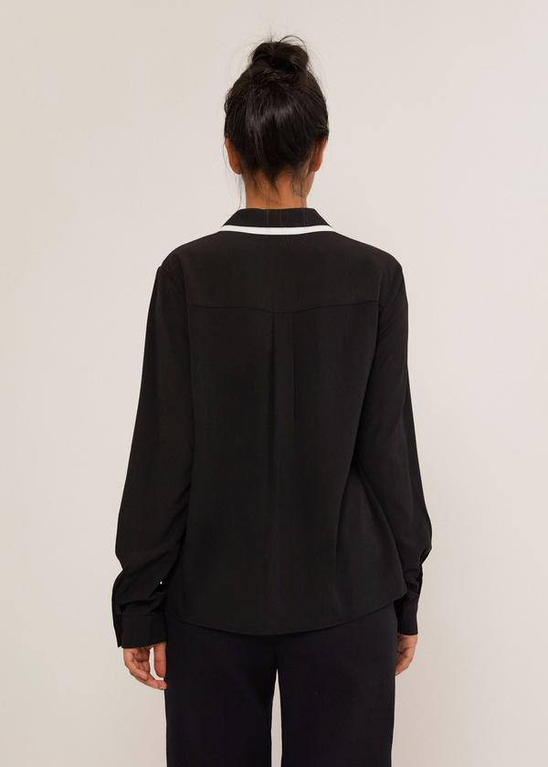 Блузка с контрастным воротником - фото 3