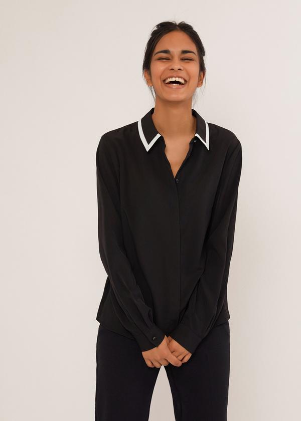 Блузка с контрастным воротником - фото 4