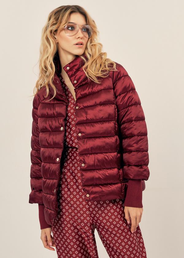 Стеганая куртка с манжетами - фото 4