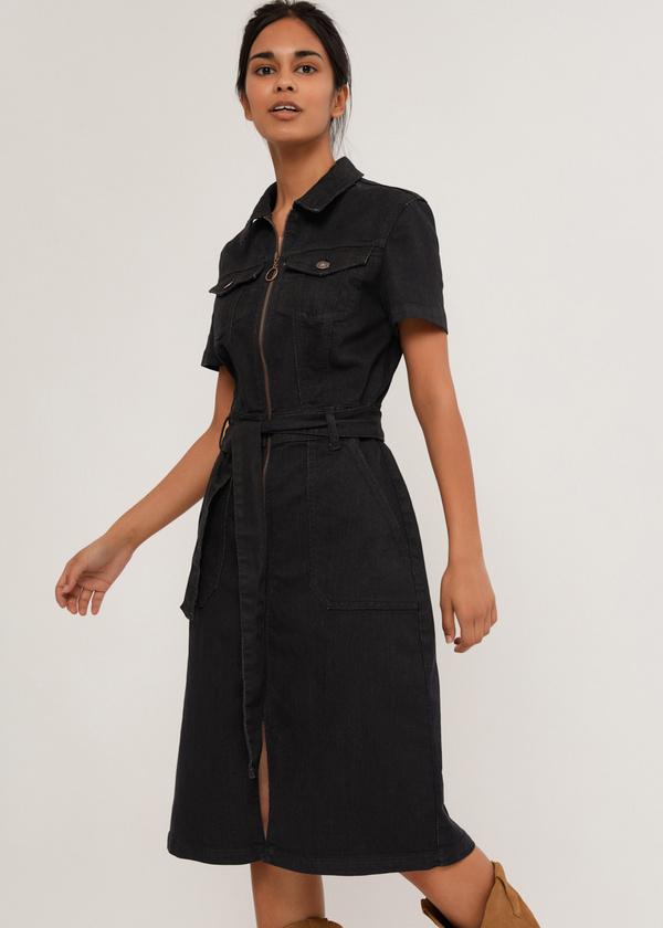 Джинсовое платье с поясом - фото 5
