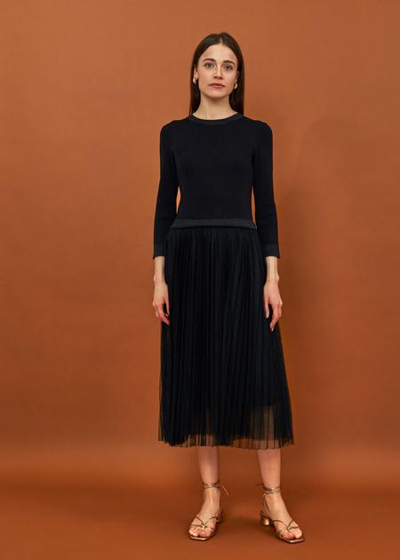 Платье-миди с плиссированной юбкой - фото 1