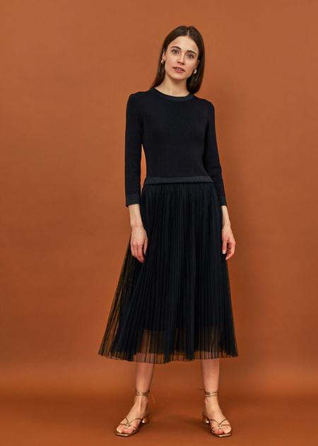 Платье-миди с плиссированной юбкой - фото 4