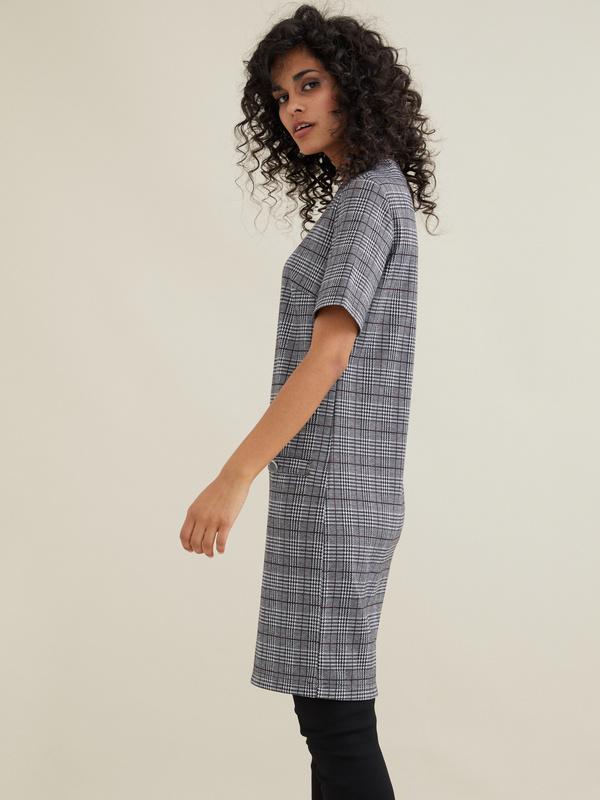 Платье-мини с имитацией карманов - фото 3