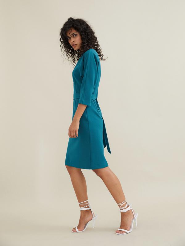 Платье-футляр с поясом - фото 6