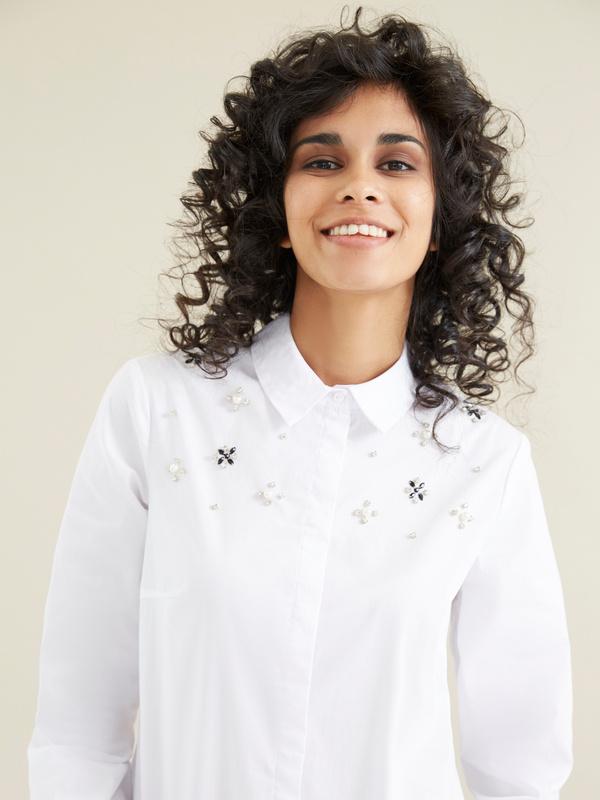 Блузка с вышивкой из страз - фото 2