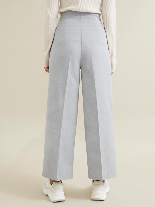 Широкие брюки на поясе с защипами - фото 6