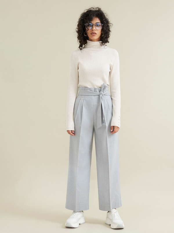 Широкие брюки на поясе с защипами - фото 7