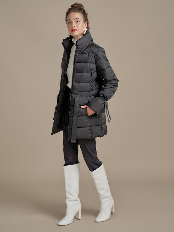 Куртка с поясом и завязками на рукавах - фото 4