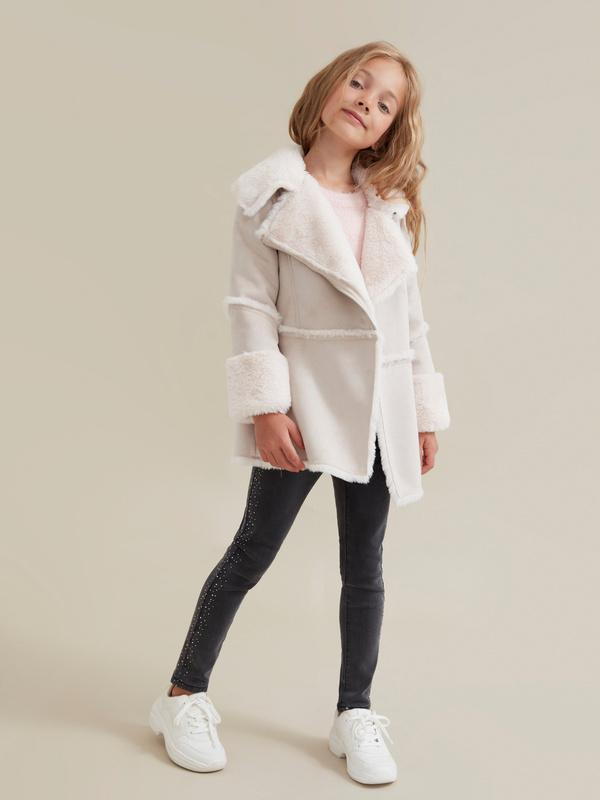 Пальто для девочек имитация замши - фото 1