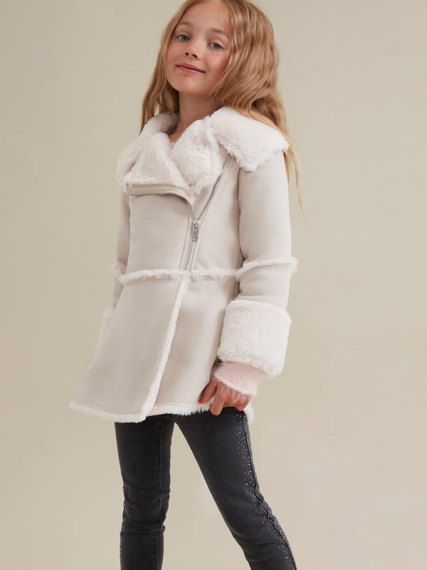 Пальто для девочек имитация замши - фото 4