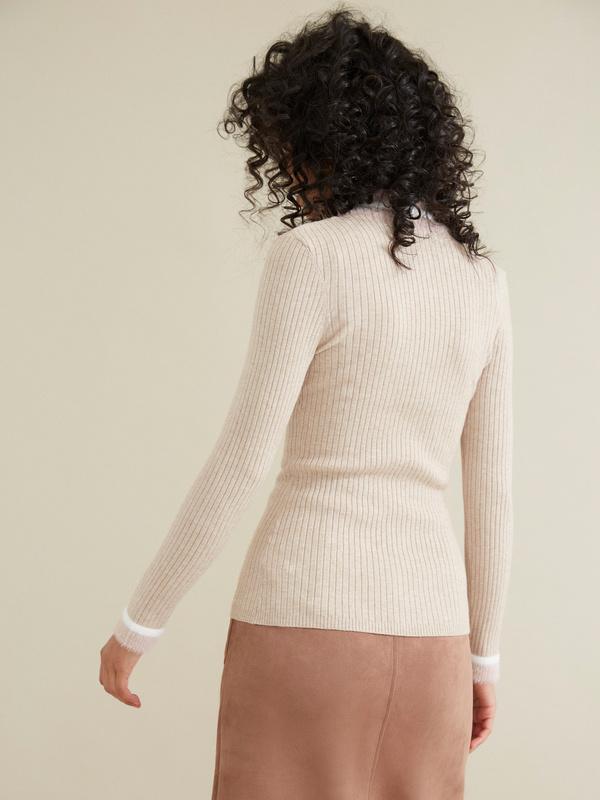 Облегающий свитер в рубчик - фото 4