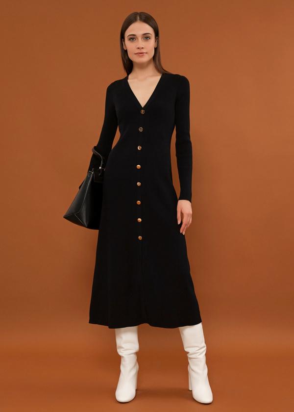 Трикотажное платье-миди на пуговицах - фото 1