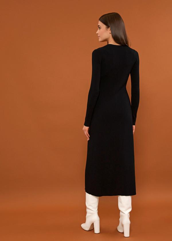 Трикотажное платье-миди на пуговицах - фото 4
