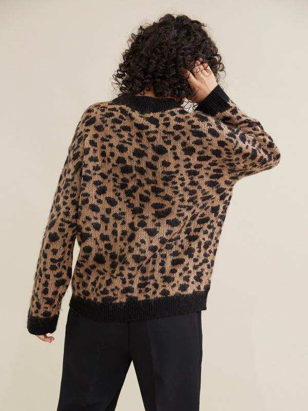 Джемпер с леопардовым принтом - фото 4