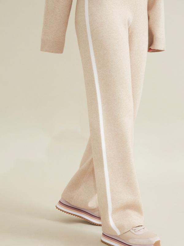 Трикотажные брюки с контрастной полосой - фото 3