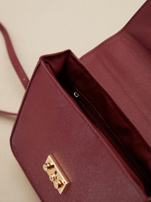 Мини-сумка с брелоком - фото 3