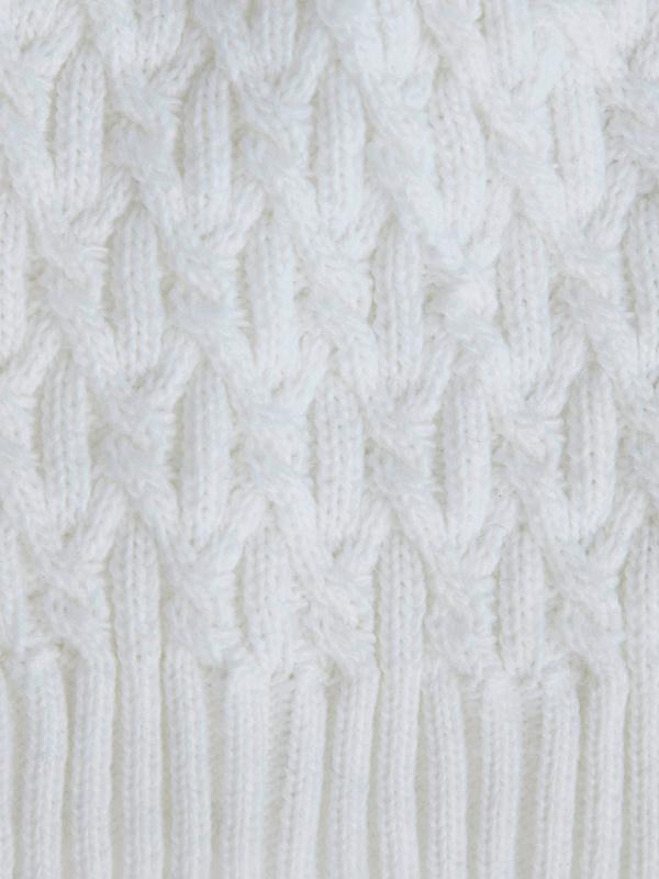 Шапка рельефной вязки - фото 3
