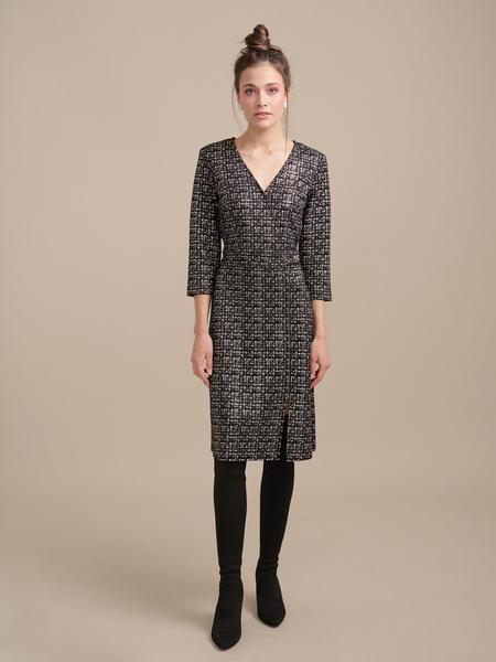 Фактурное платье на запахе - фото 1