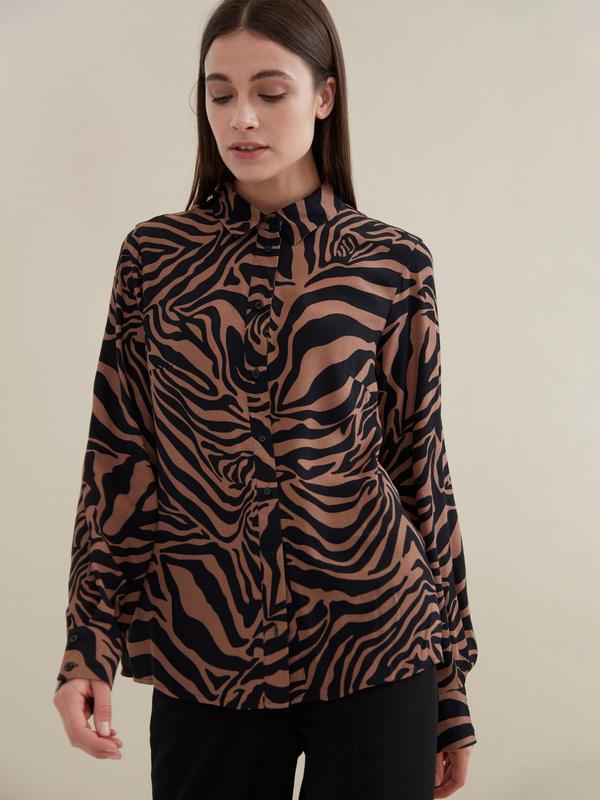 Блузка с анималистичным принтом 100 % вискоза - фото 1