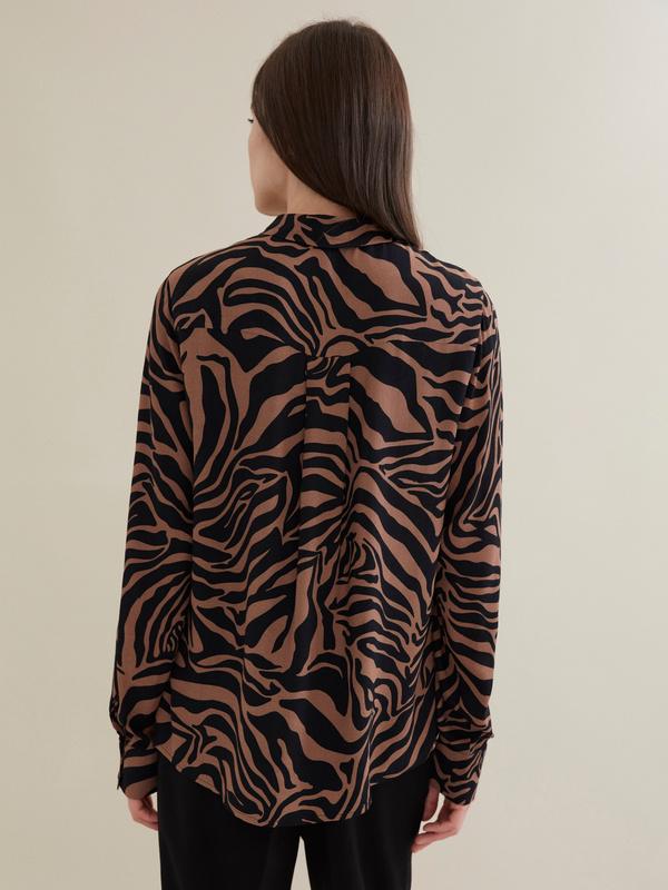Блузка с анималистичным принтом 100 % вискоза - фото 6