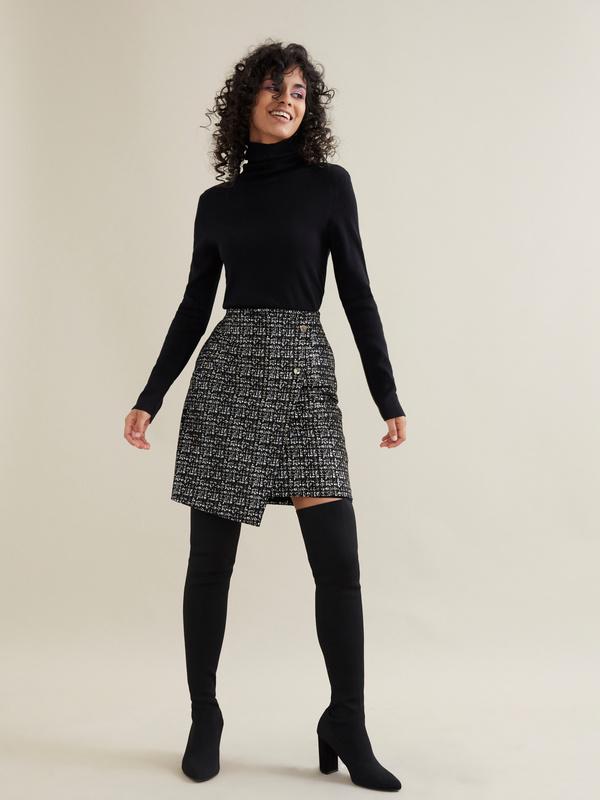 Фактурная юбка-мини на запахе - фото 1