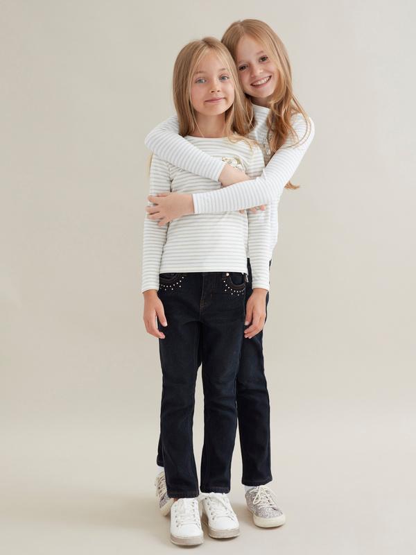 Джинсы для девочек со стразами - фото 5