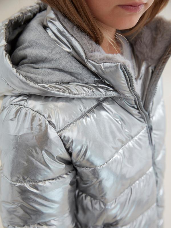 Куртка для девочек металлик - фото 2