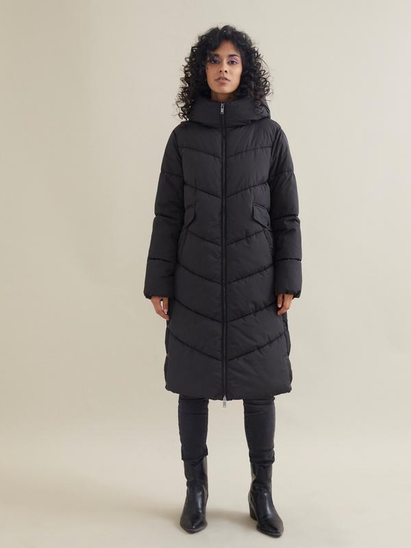 Длинное стеганое пальто с капюшоном - фото 1