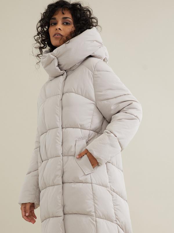 Стеганое пальто с капюшоном - фото 3