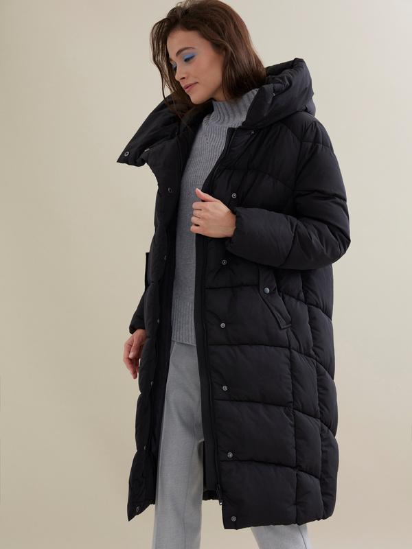 Стеганое пальто с капюшоном - фото 1