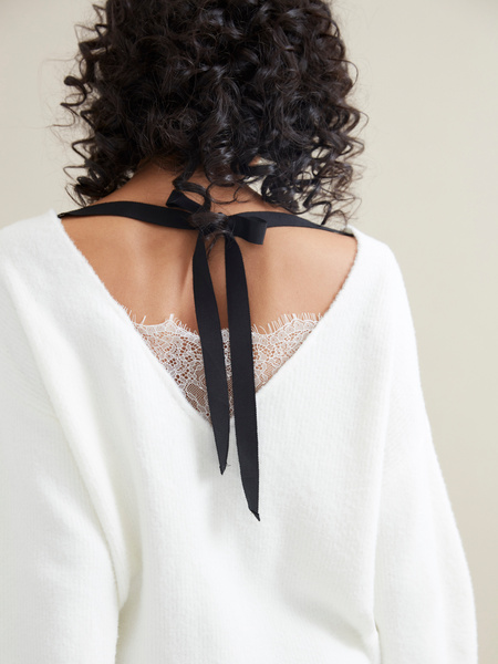 Джемпер с завязками на спине и кружевом - фото 2