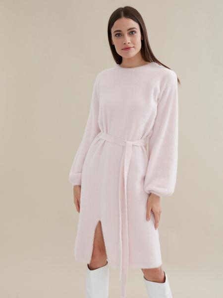 Трикотажное платье с поясом - фото 1