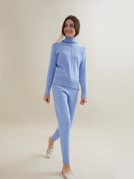 Трикотажный костюм (джемпер+брюки) - фото 9