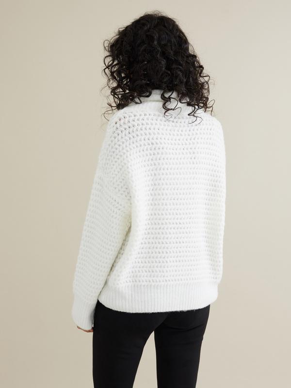Удлиненный свитер с воротником хомут - фото 2