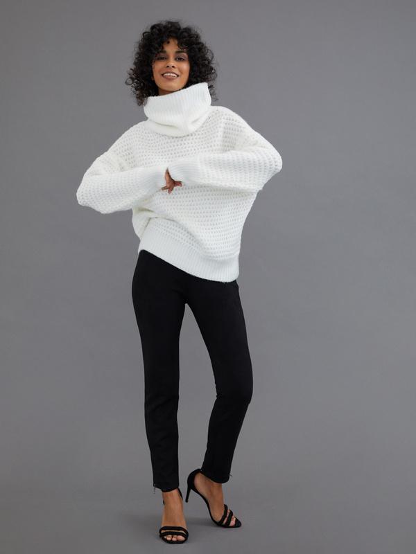 Удлиненный свитер с воротником хомут - фото 3