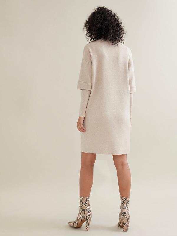 Трикотажное платье с накладными карманами - фото 3