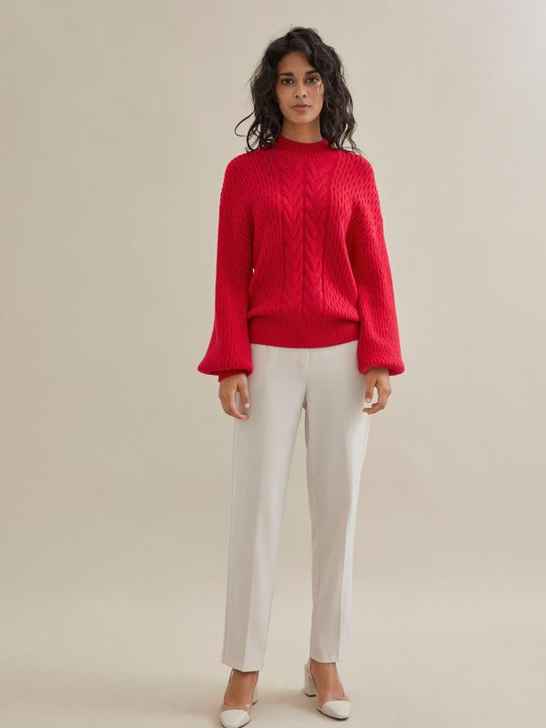 Джемпер комбинированной вязки со спущенной линией плеча - фото 5