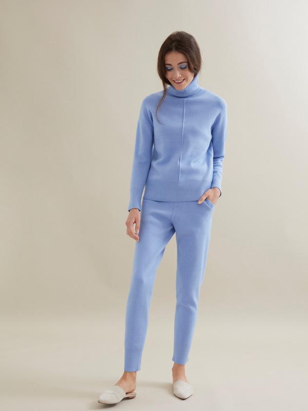 Трикотажный костюм (джемпер+брюки) - фото 1